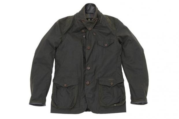 Марка Barbour и дизайнер Токихито Йошида выпустили куртку Джеймса Бонда. Изображение № 1.