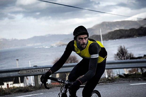 Велосипедная марка Rapha опубликовала осенне-зимний лукбук. Изображение № 13.