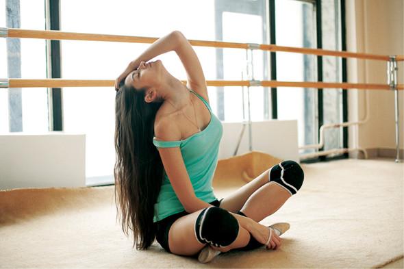 Классические формы: Танцовщица. Изображение № 5.
