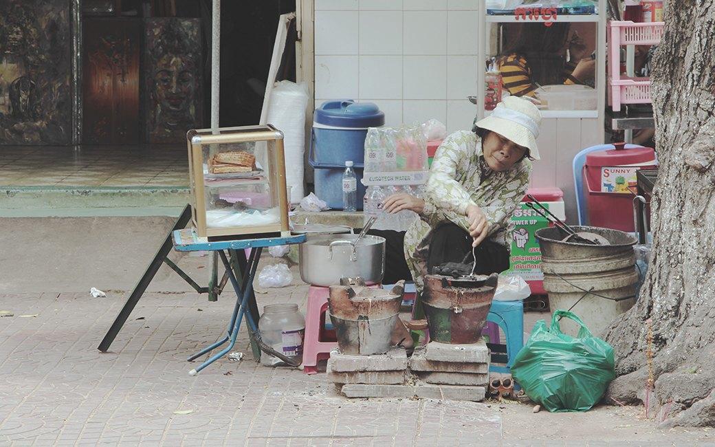 Две девушки и один мотоцикл: Путешествие по Камбодже. Изображение № 10.