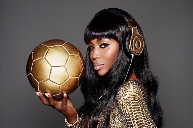 Beats by Dr. Dre поздравили сборную Германии золотыми наушниками. Изображение № 2.