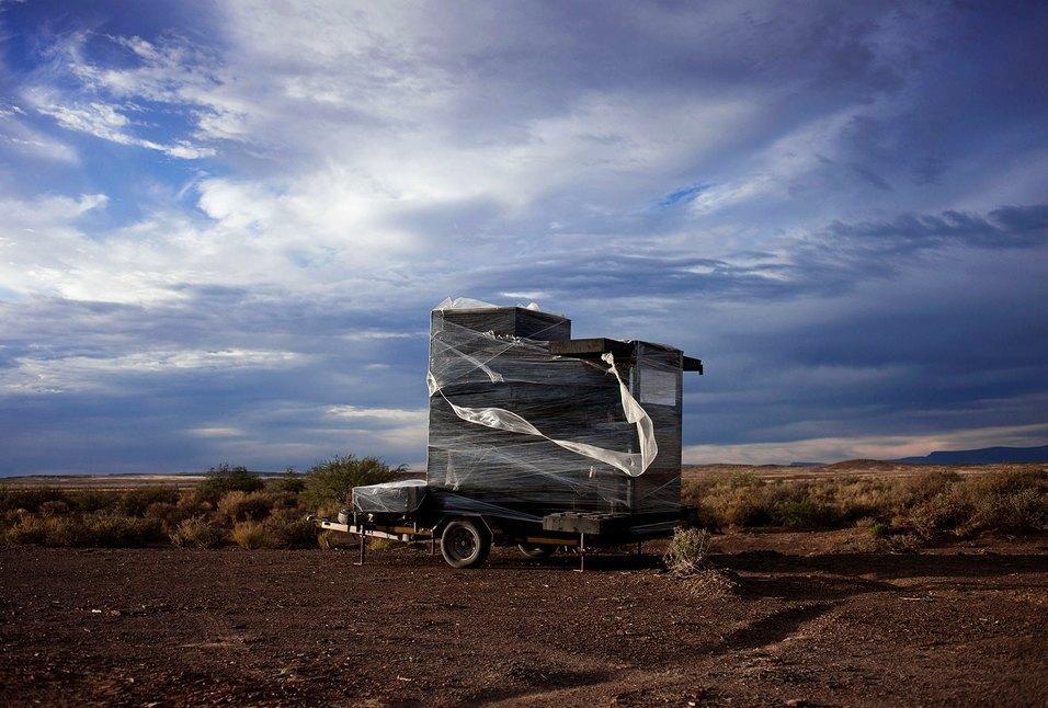 Как развлекаются посетители фестиваля Burning Man в африканской пустыне. Изображение № 7.