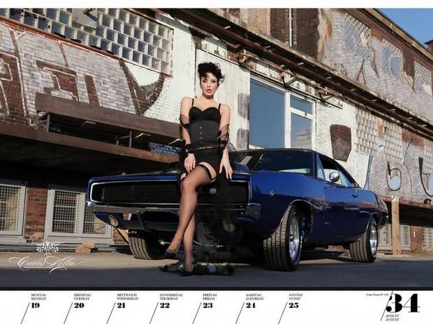 10 эротических календарей на 2013 год. Изображение № 89.