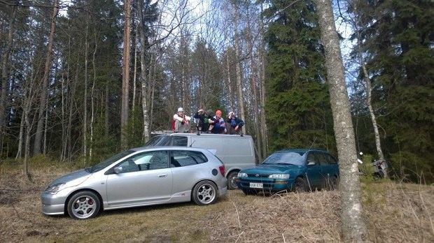 В Финляндии набирает обороты субкультура сидения на корточках. Изображение № 2.