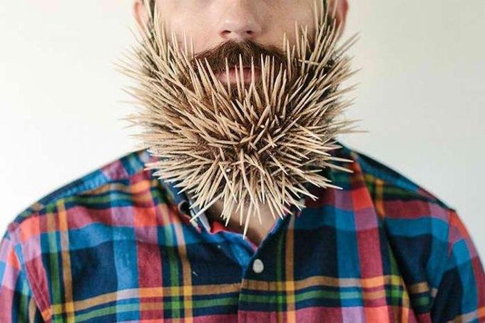 Американец научил свою бороду держать предметы. Изображение № 6.