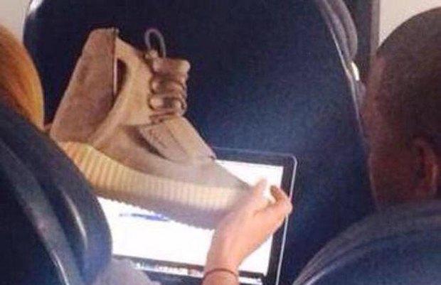 В сеть слили фото кроссовок Канье Уэста Adidas Yeezy 3 . Изображение № 1.