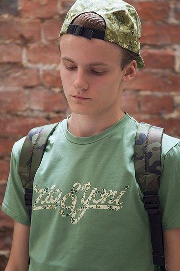 Российско-американская марка Ziq & Yoni выпустила лукбук летней коллекции одежды. Изображение № 10.