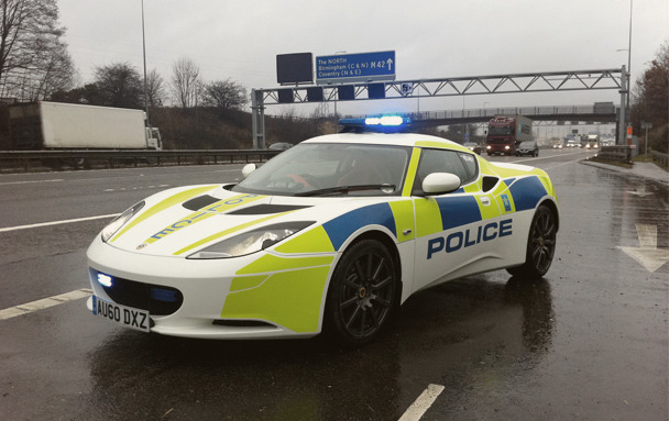 Полицейский беспредел: Самые навороченные авто на службе полиции разных стран. Изображение № 2.