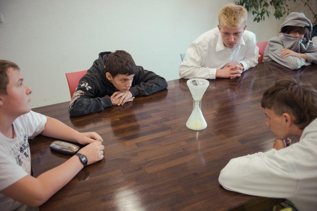 Как проходит перевоспитание немецких трудных подростков за городом. Изображение № 26.