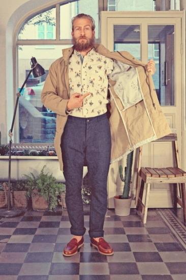 Марка Uniforms for the Dedicated опубликовала лукбук весенней коллекции одежды. Изображение № 1.