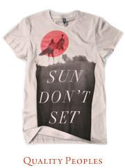 Принять на грудь: Эксперты уличной моды о принтах на футболках. Изображение №50.