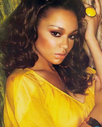 Поп-дивы: Гид по самым популярным девушкам в хип-хоп-клипах. Изображение № 44.