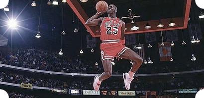Эволюция баскетбольных кроссовок: От тряпичных кедов Converse до технологичных современных сникеров. Изображение № 54.