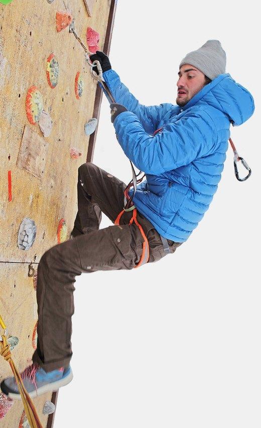 Горностайл: Профессиональный альпинист тестирует аутдор-одежду. Изображение № 11.