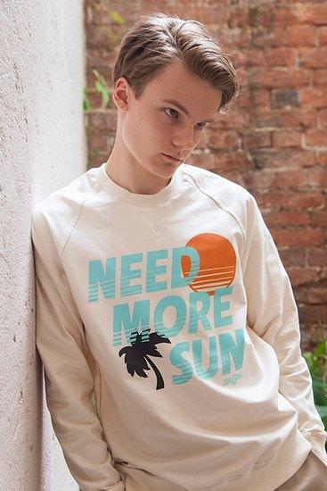 Российско-американская марка Ziq & Yoni выпустила лукбук летней коллекции одежды. Изображение № 1.