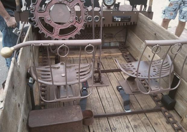 Мусоровоз: 7 примеров, как сделать машину из подручных материалов. Изображение № 4.