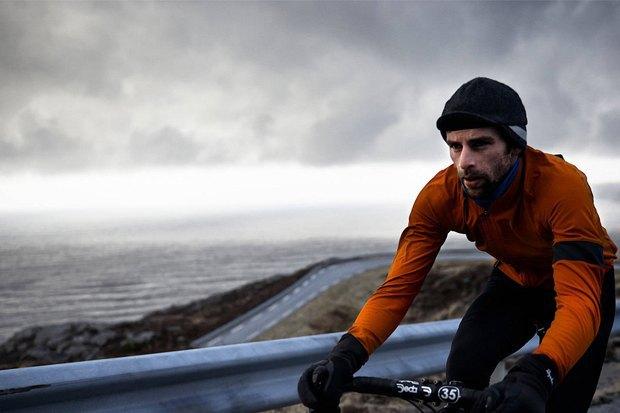 Велосипедная марка Rapha опубликовала осенне-зимний лукбук. Изображение № 11.