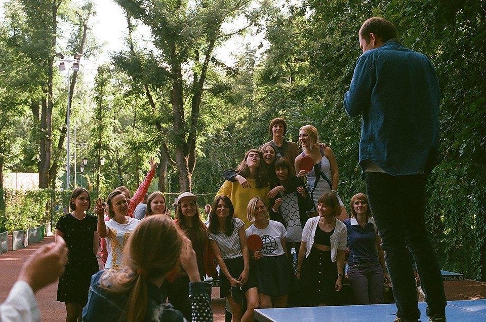 Фоторепортаж: Женский турнир по пинг-понгу в Нескучном саду. Изображение № 30.