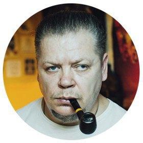 Татуировщик Дмитрий Захаров об одной из самых больших коллекций тату-машинок в Европе. Изображение № 1.