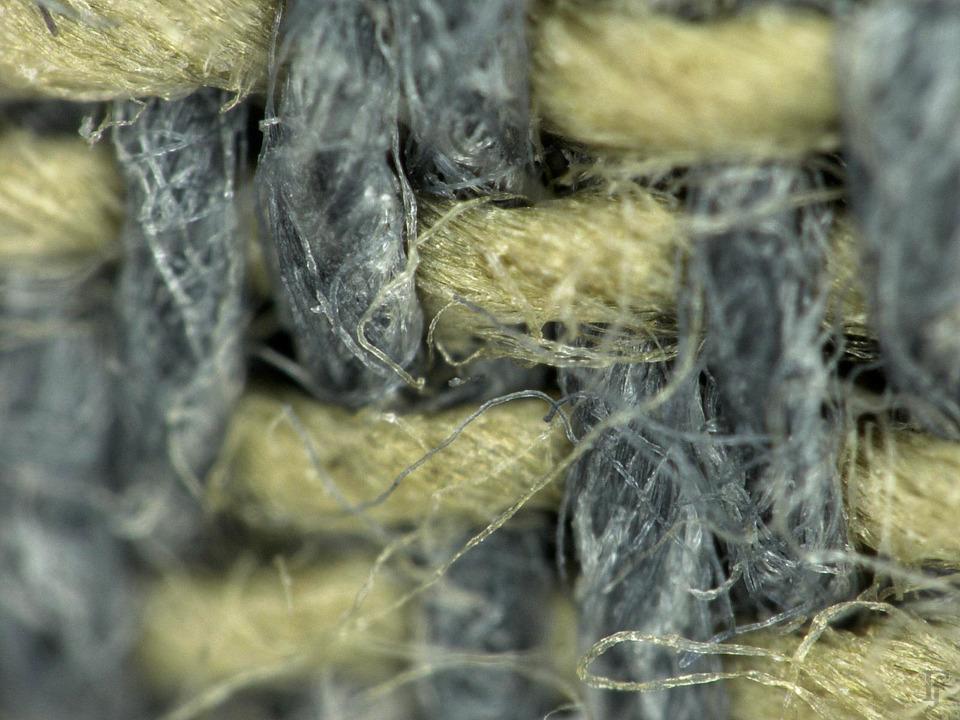 Фотоувеличение: Осенние куртки под промышленным микроскопом. Изображение №5.