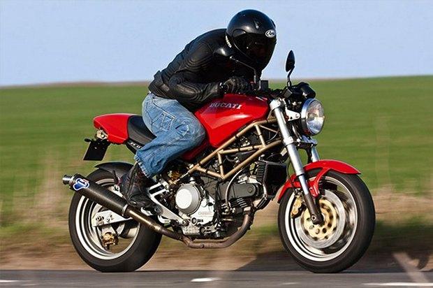 Современная классика: Гид по Ducati Monster как одному из лучших дорожных мотоциклов. Изображение № 7.
