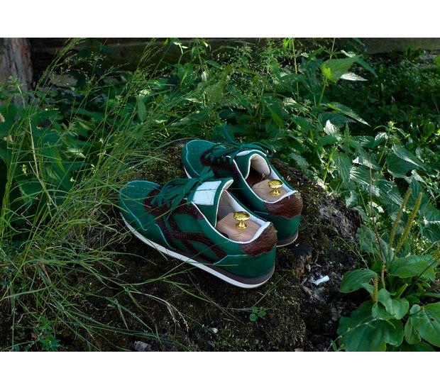 Марка AFOUR и магазин Zefear представили совместную коллекцию кроссовок. Изображение № 14.
