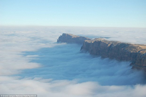 В Большом каньоне впервые за 10 лет появился туман. Изображение № 2.