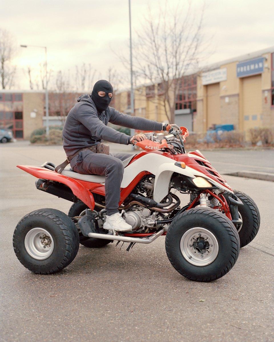 Фотопроект: Лондонские гопники и их мотоциклы. Изображение № 7.