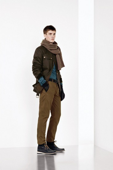 Марка Lacoste представила осеннюю коллекцию одежды. Изображение № 7.