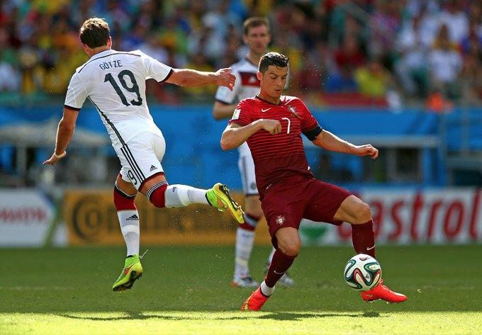 10 главных событий на старте чемпионата мира по футболу. Изображение № 1.