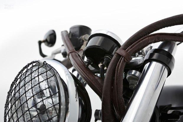 Мастерская Ellaspede представила новый кастом на базе мотоцикла Triumph Bonneville. Изображение № 7.