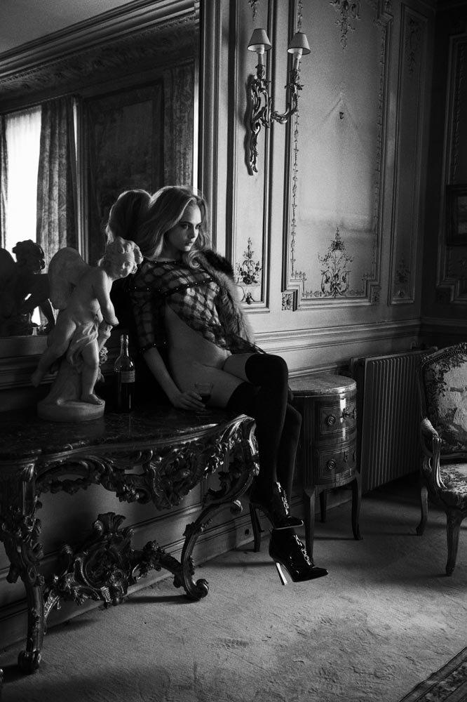 Английская модель Кара Делевинь снялась для журнала Interview. Изображение № 3.