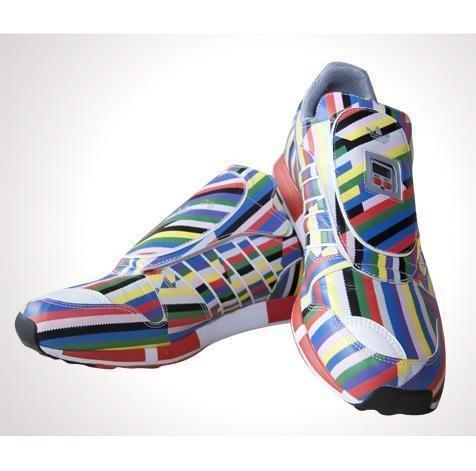 Изображение 13. Колтрейн Кертис продает свою коллекцию из 1200 пар кроссовок.. Изображение № 2.