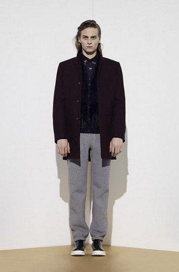 Марка Opening Ceremony опубликовала лукбук осенней коллекции одежды. Изображение № 1.