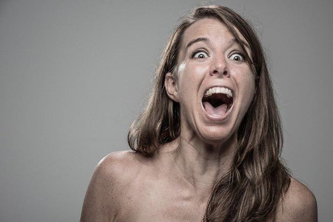Фотограф снимал лица людей после удара шокером. Изображение № 3.