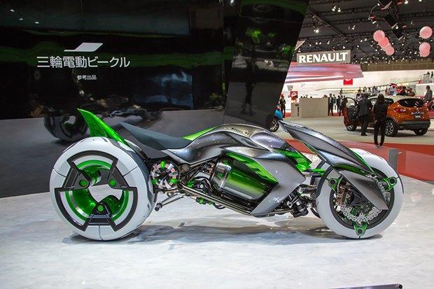 Kawasaki представили новый мотоцикл-трансформер. Изображение № 1.