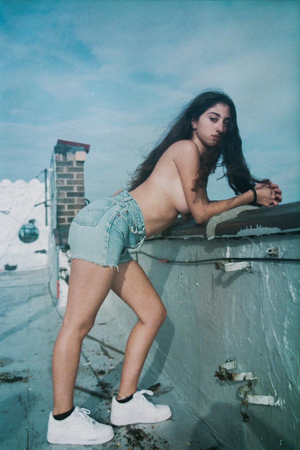 Фотопроект: Софи Дэй возвращает женщинам право на сексуальность. Изображение № 1.