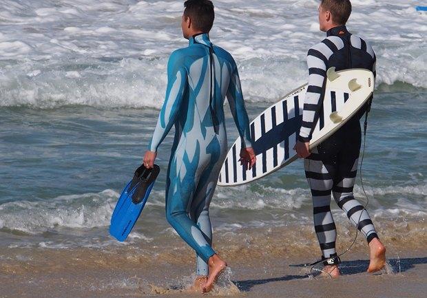 В Австралии создали гидрокостюм, отпугивающий акул. Изображение № 2.