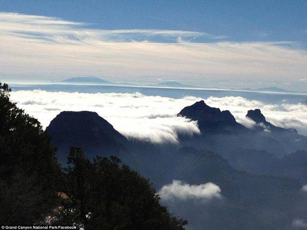 В Большом каньоне впервые за 10 лет появился туман. Изображение № 5.