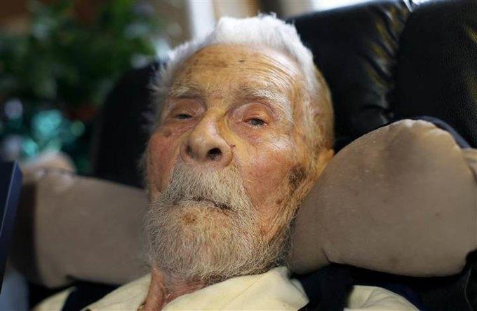 Самый старый мужчина в мире скончался в возрасте 111 лет. Изображение № 1.
