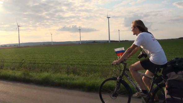 Фильм о путешествии из России в Португалию на велосипедах. Изображение № 3.