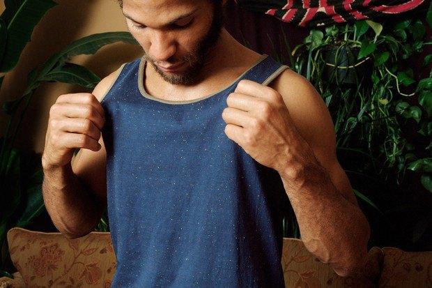 Американский ритейлер Вodega опубликовал лукбук весенней коллекции одежды. Изображение № 12.