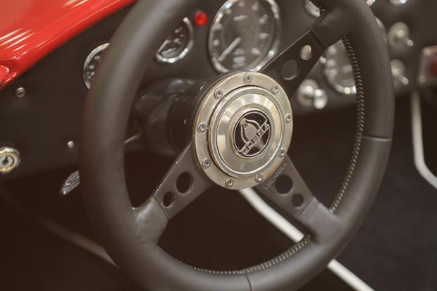 Машина времени: 8 лучших ретроавтомобилей с выставки «Олдтаймер». Изображение № 38.