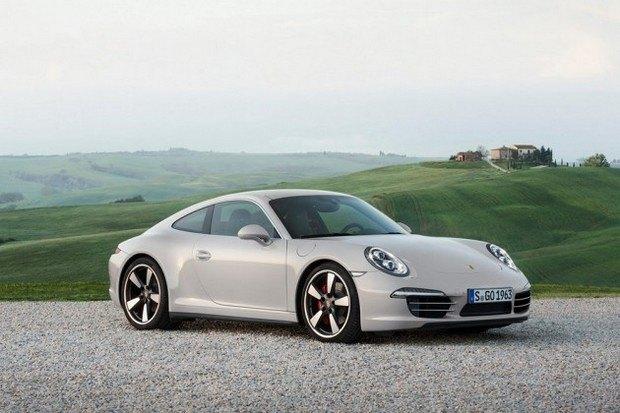 Porsche представили юбилейную версию легендарного спорткара 911. Изображение № 1.