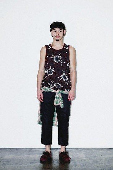 Марка Stussy опубликовала лукбук весенней коллекции одежды. Изображение № 17.