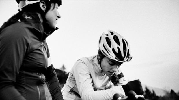 Велосипедная марка Rapha выпустила осенний лукбук. Изображение № 26.