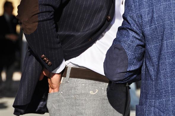 Изображение 40. Шарфы, клатчи, клетчатые пиджаки и подвернутые джинсы.. Изображение № 40.