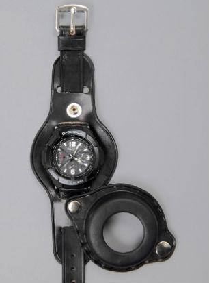 Компания Casio и журнал Men's File выпустили новую модель часов. Изображение № 3.
