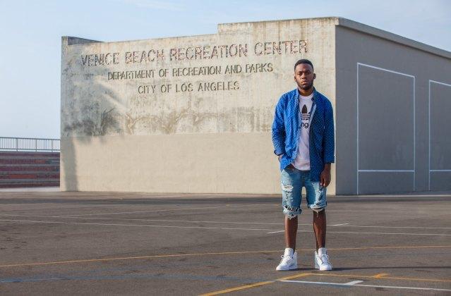 Марка Adidas Originals представила лукбук перезапущенной линейки кроссовок Top Ten . Изображение № 7.