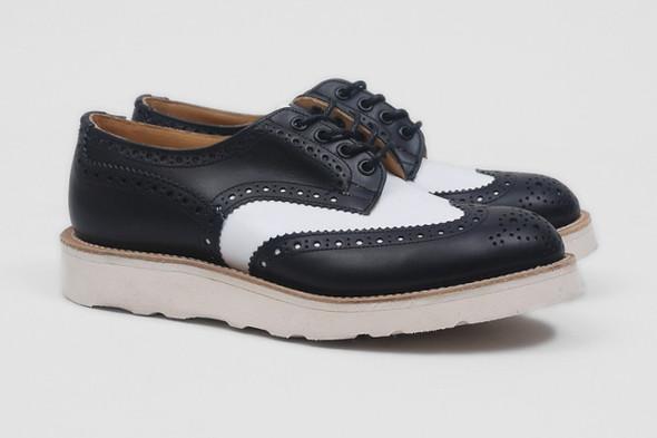 Совместная коллекция обуви марки Tricker's и Present. Изображение № 1.